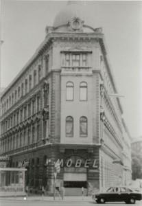 Das Geschäftslokal in der Schönbrunnerstraße